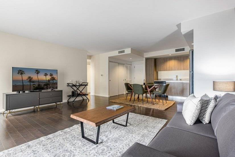 Snazzy Koreatown 1BR w/ Pool, Gym