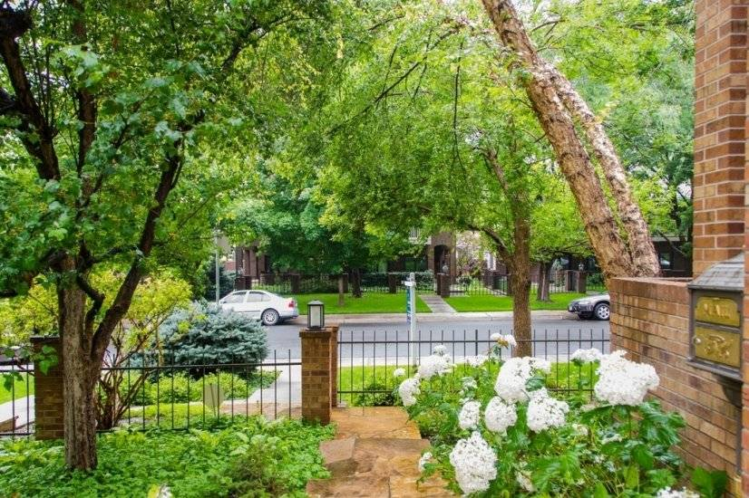 Beautifully appointed corporate rental home in Cherry Creek