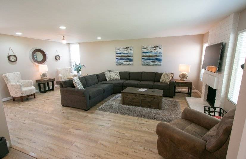 Furnished 4 bedroom end unit