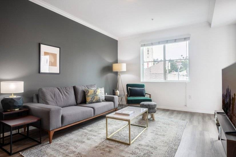 Furnished corporate rental property in Hollywood CA