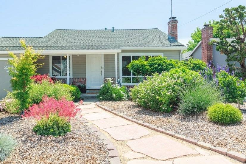 image 1 furnished 2 bedroom House for rent in Redwood City, San Mateo (Peninsula)