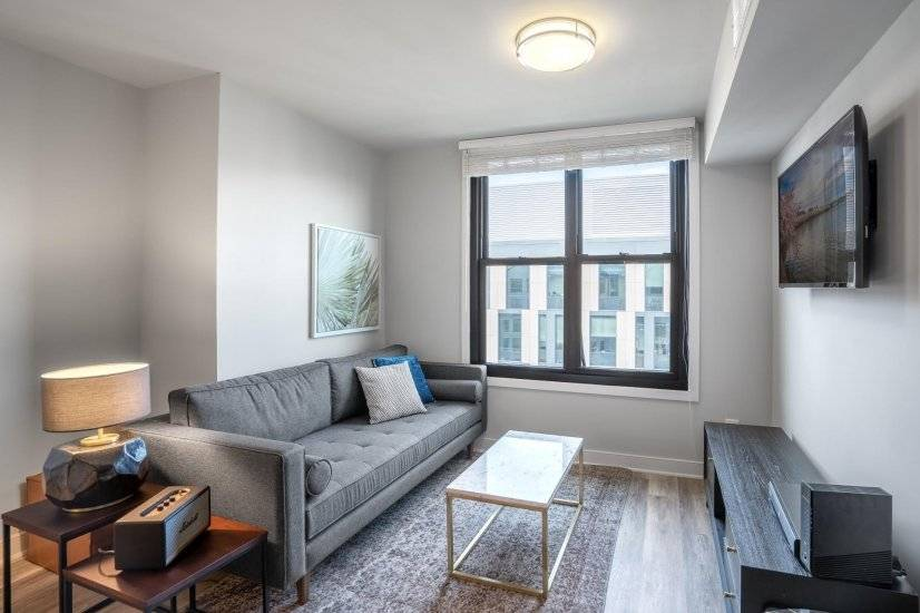 Stunning Foggy Bottom 1BR w/ Gym, W/D