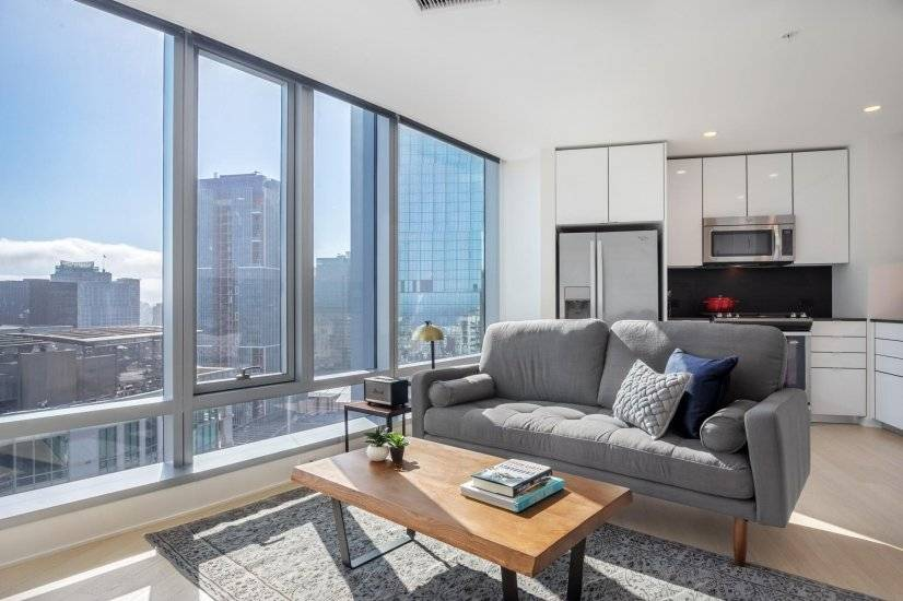 Furnished, Bright Rincon Hill 1BR w/ Gym