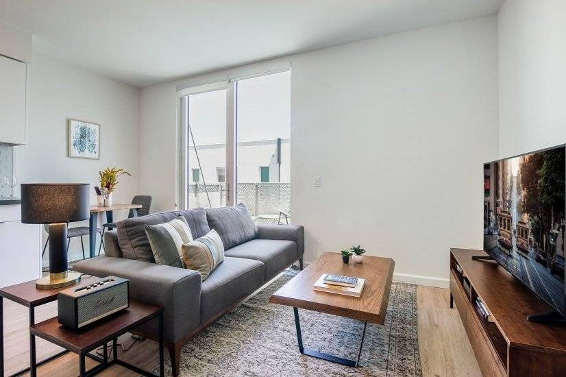 Furnished SoMa Studio near Trader Joe's