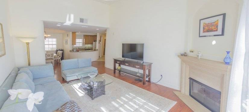 Furnished Condo, Studio City Los Angeles