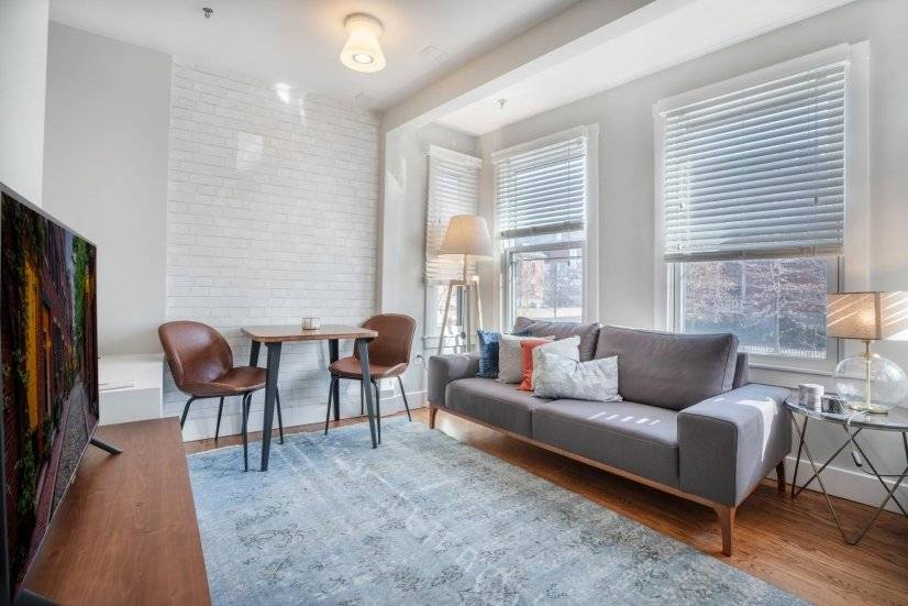 Fully Furnished Stylish 1BR in South End