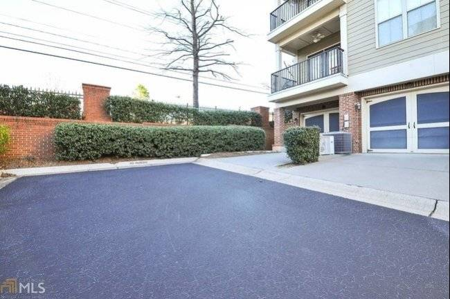 Sandy Springs Townhome