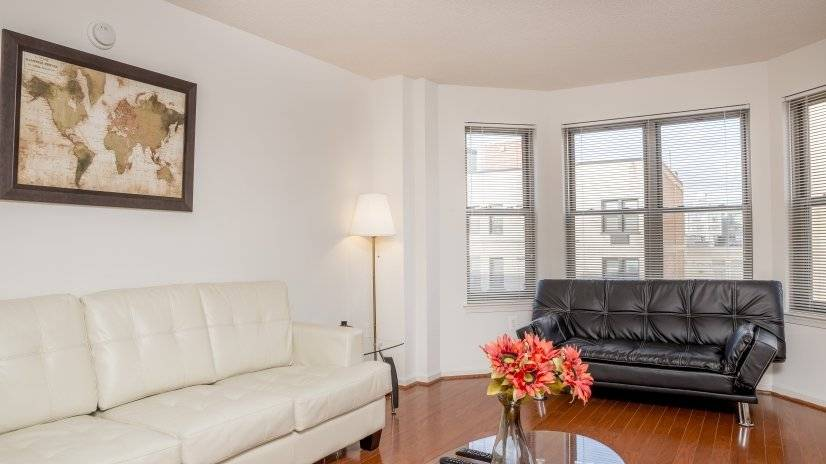 Furnished apartments at Logan Circle