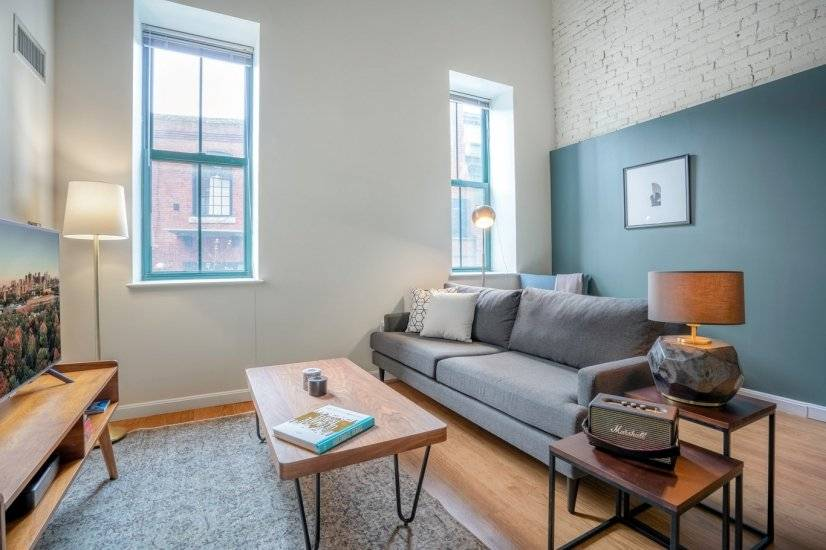 Furnished Kendall Square 1BR w/Gym