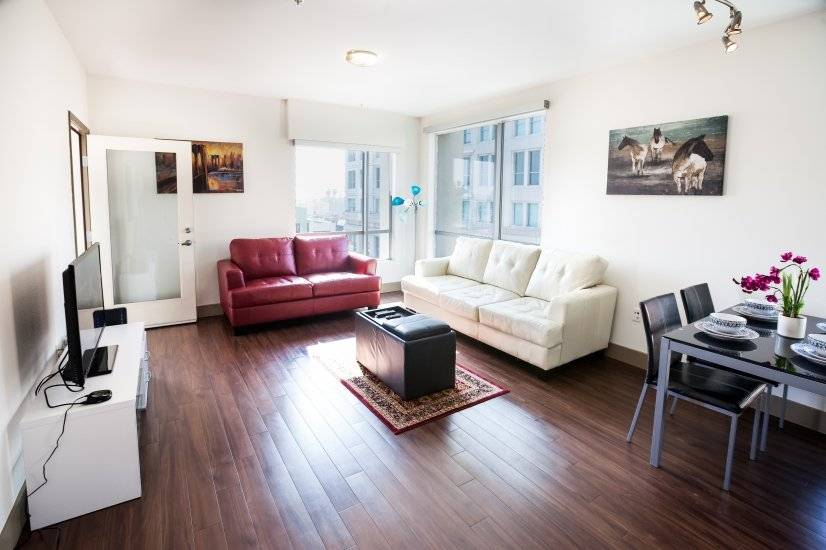 1 & 2 BR Furnished Apt in Hollywood area