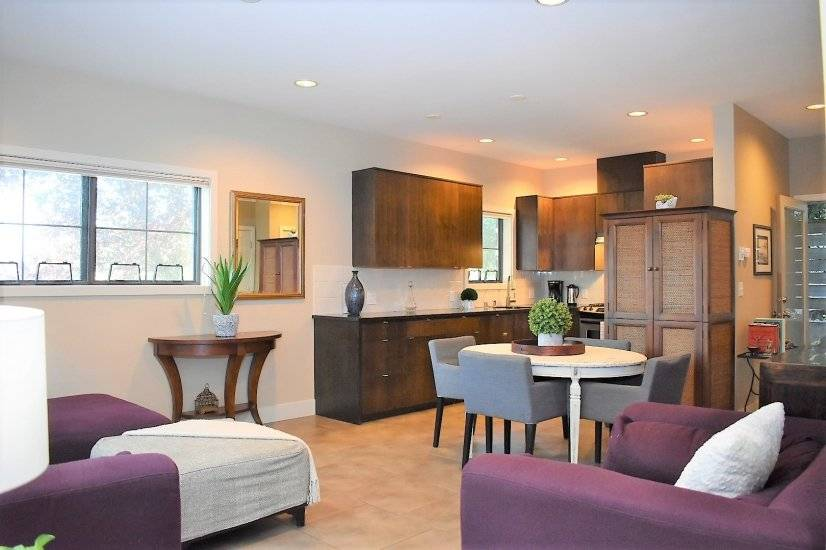 New furnished townhome in Seattle