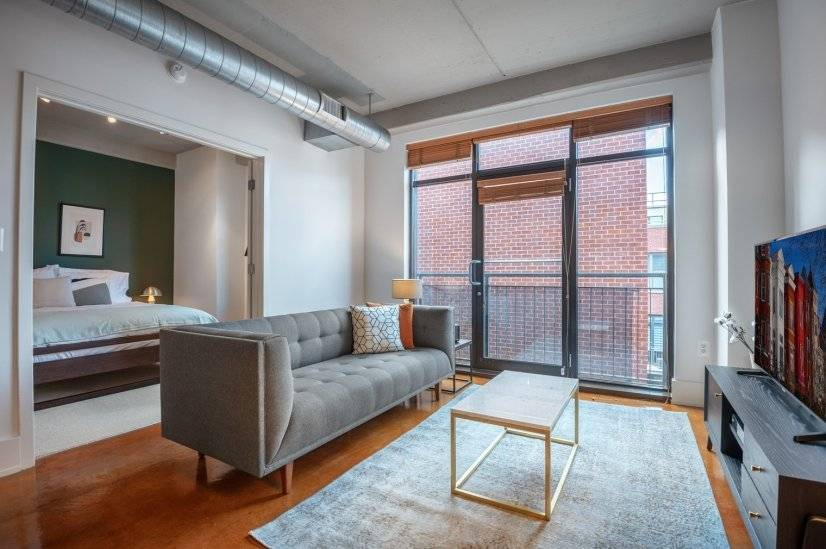 Quaint Logan Circle 1BR w/ W/D  Rooftop