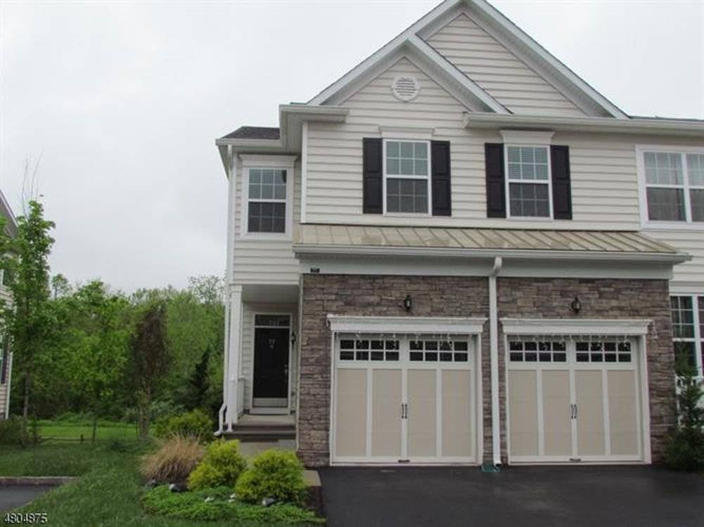 Luxury Townhouse (3BR/3.5BA) near MNCs