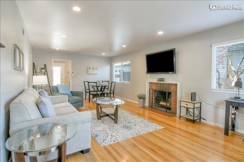 Beautiful 3B/2B -Near Apple Headquarters
