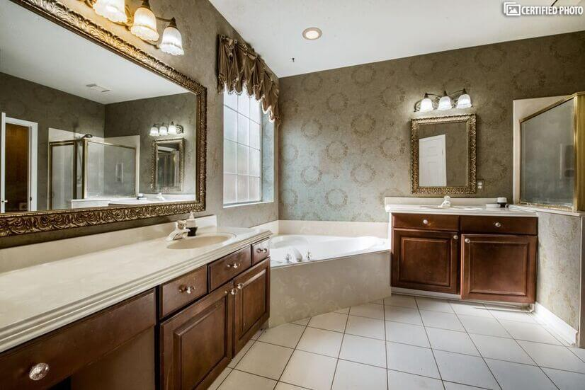 His and hers vanity with makeup  with amazing