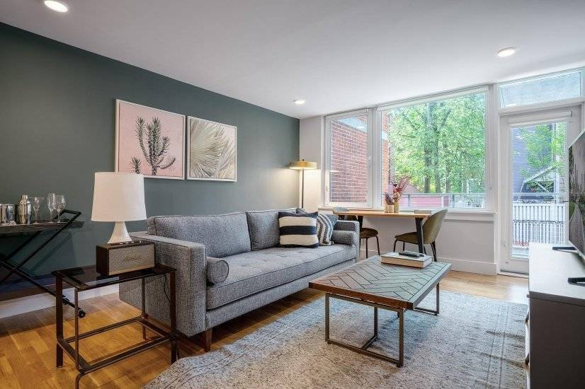 Furnished, Rad Harvard Sq 1BR w/ Balcony