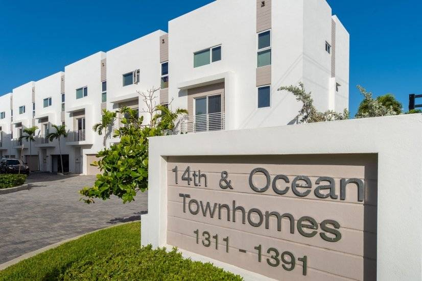 Fully furnished townhome near the beach