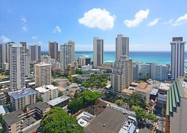 Fairway Villa 817 - Ala Wai Canal Views!