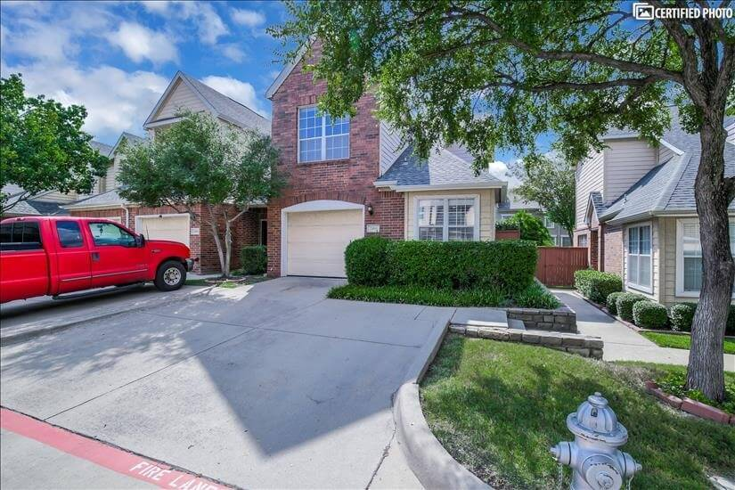 Beautiful Townhome in Las Colinas Area