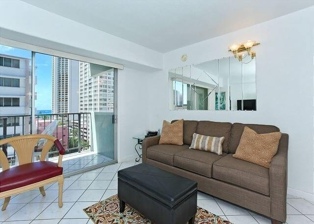 Waikiki Park Heights 803 - Bright 1-bed