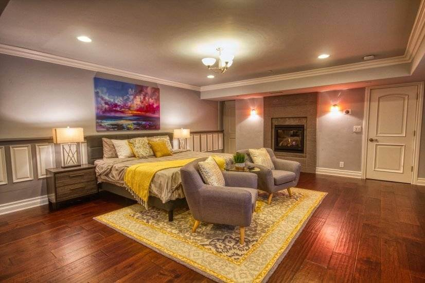 Master Suite with Mostly-Private Entry
