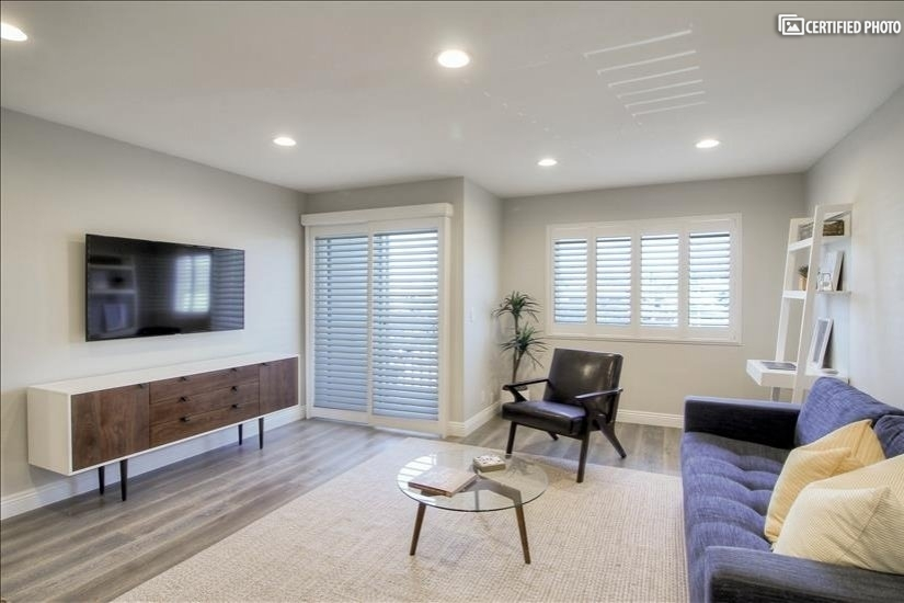 Beautifully Furnished 1 Hermosa Beach