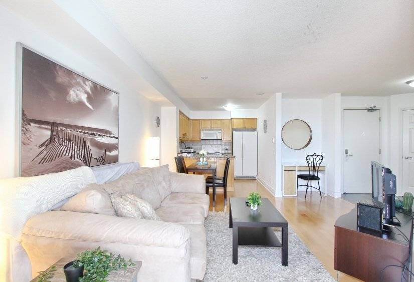 Fully Furnished corporate apartment North York Toronto