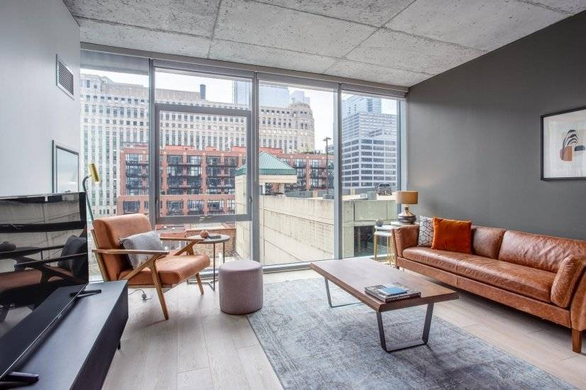 Lux River North 1BR w/ Gym and Pool