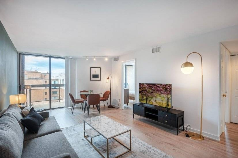 Chic Foggy Bottom 2BR w/ W/D & Gym