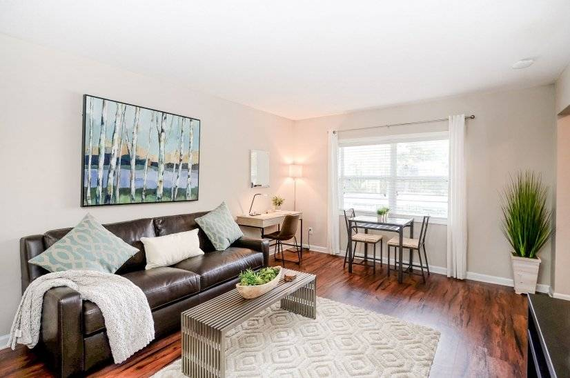 Furnished Apartment in W. Midtown