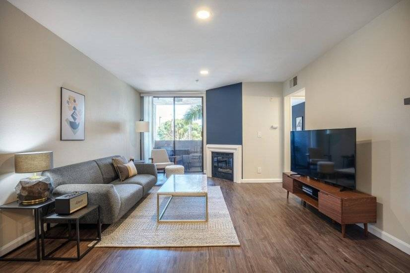 Hollywood 1BR w/ Pool near Hiking Trails