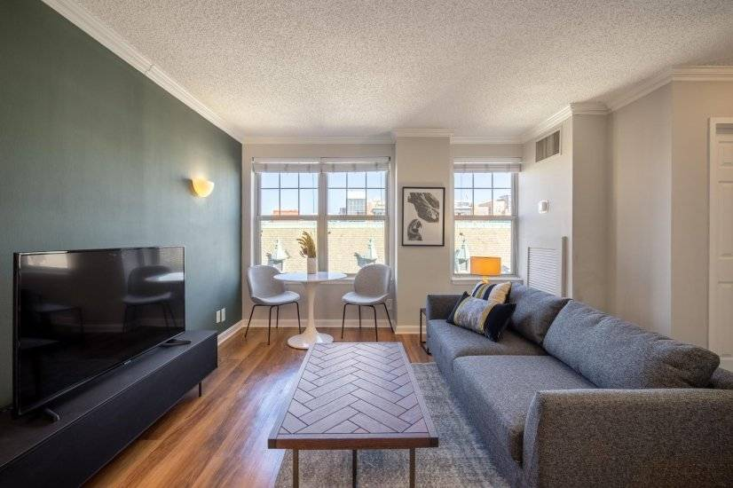 Sleek Logan Circle 1BR w/ W/D & Doorman