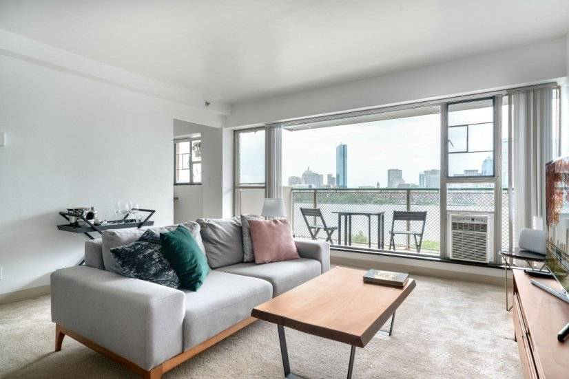 Furnished Mod Kendall Square 1BR w/ Gym