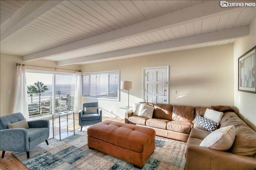 Furnished Manhattan Beach Executive home