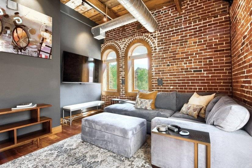 Furnished Loft in Best Neighborhood