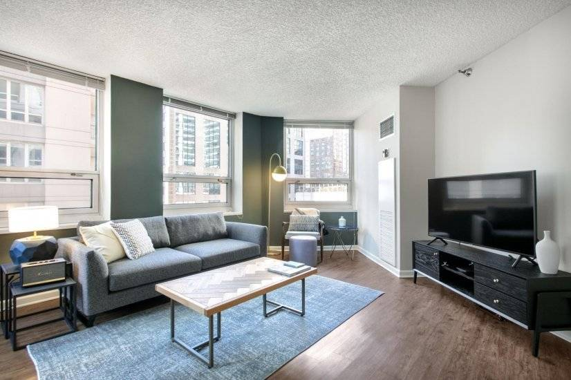 Hip River North 1BR w/ Gym, W/D nr the L