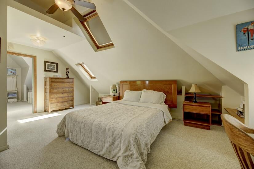 image 16 furnished 3 bedroom House for rent in Highland, Denver Northwest