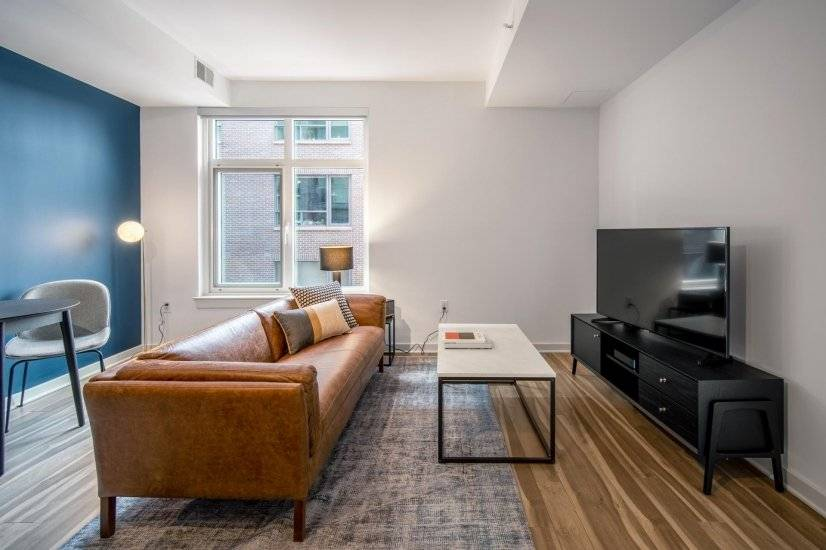 Lux Mount Vernon 1BR w/ Gym & Pool
