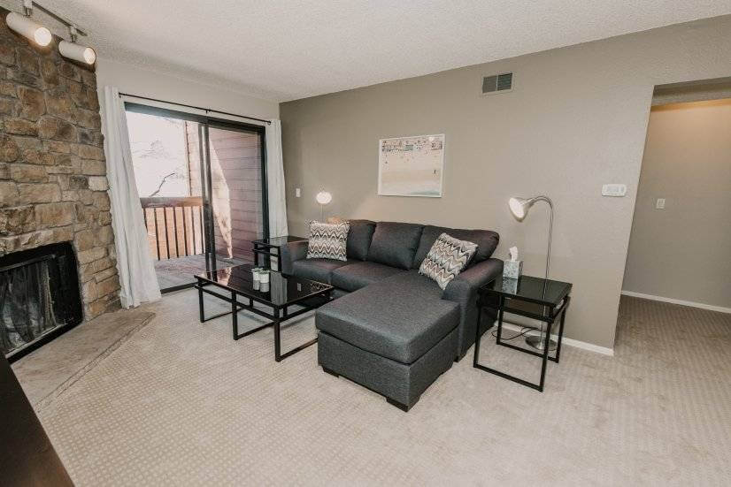 Lovely Two Bedroom West Lakewood Condo