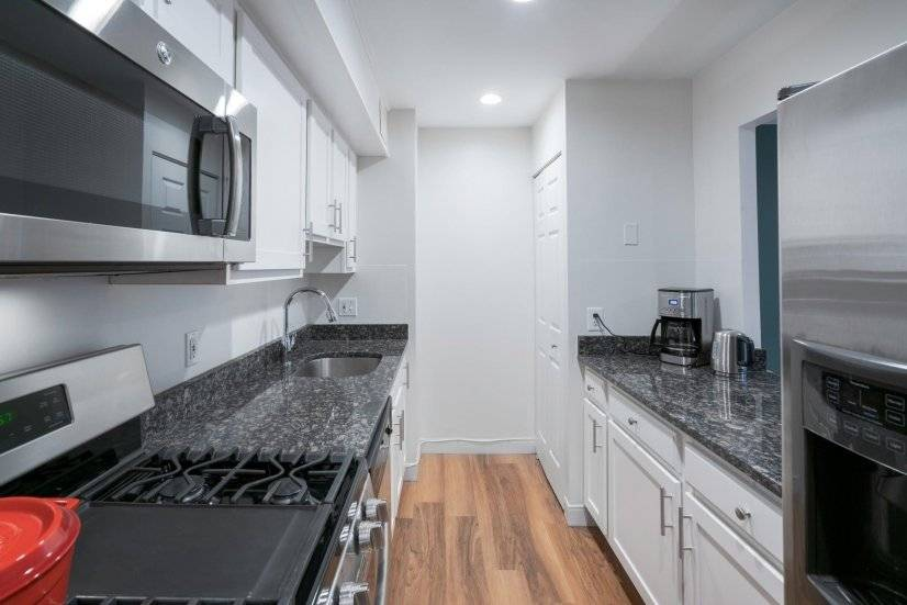 North End 2BR w/ W/D, nr. Little Italy