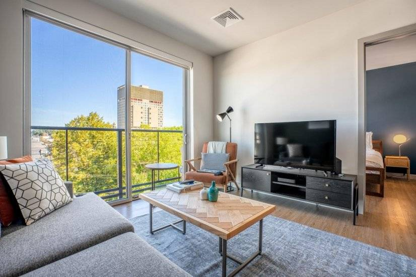 Furnished Mod Kendall Square 1BR w/ W/D