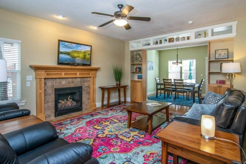 Furnished 4BR Salt Lake Executive Home