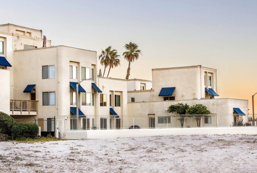 Only condos directly on the beach