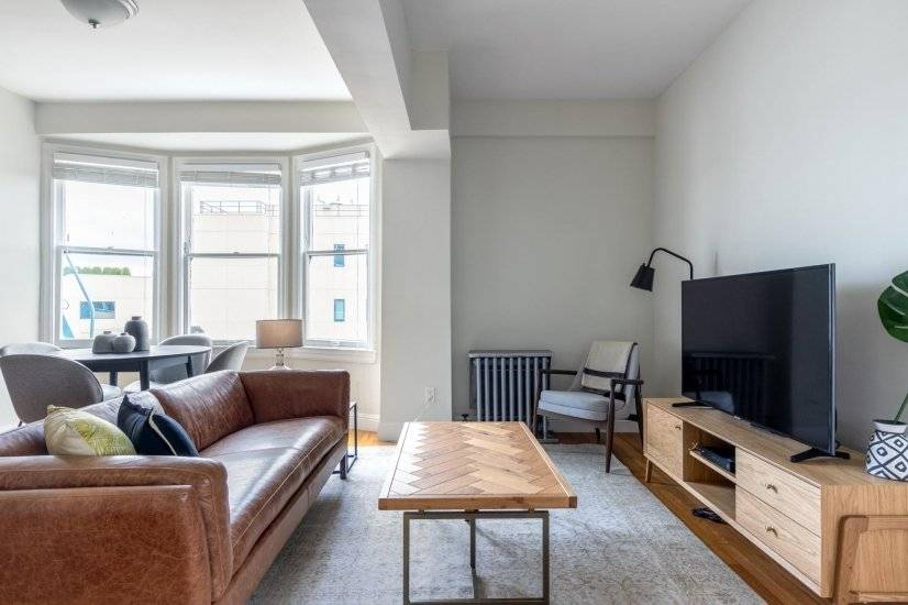 Airy Hayes Valley 2BR w/ W/D, by Muni