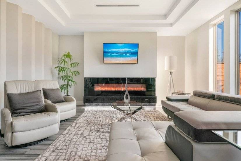 Living Room with Automatic Fireplace