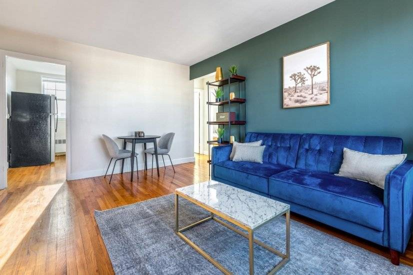 Lower Nob Hill 2BR w/ W/D, Courtyard
