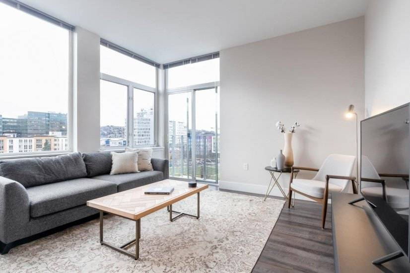 Airy South Lake Union 1BR w/ Gym, Pool