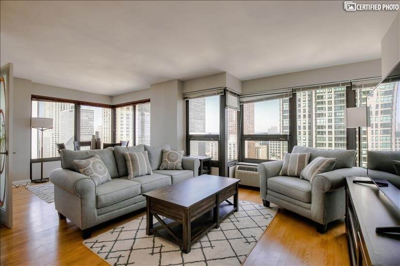 River North High Floor 2 bedroom