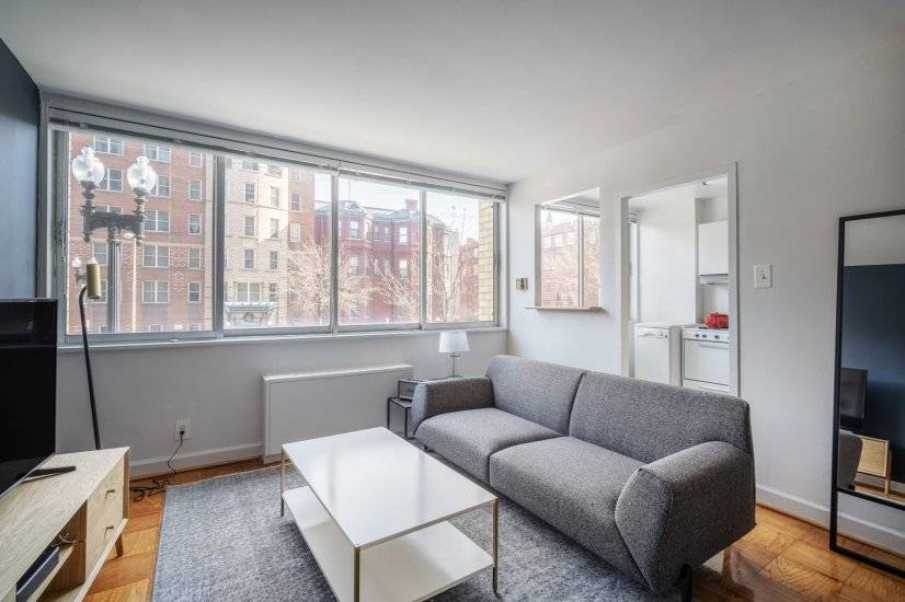 Smart Logan Circle Studio w/Pool,Rooftop