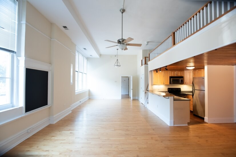 Beautifully Spacious 2 bdrm w/ LOFT